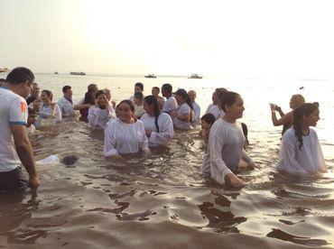 Assembleias de Deus no AM batizam mais de 12 mil pessoas no mesmo dia