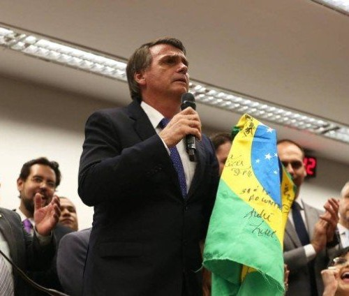 Lideranças evangélicas expõem razões para se manifestarem em apoio a Bolsonaro